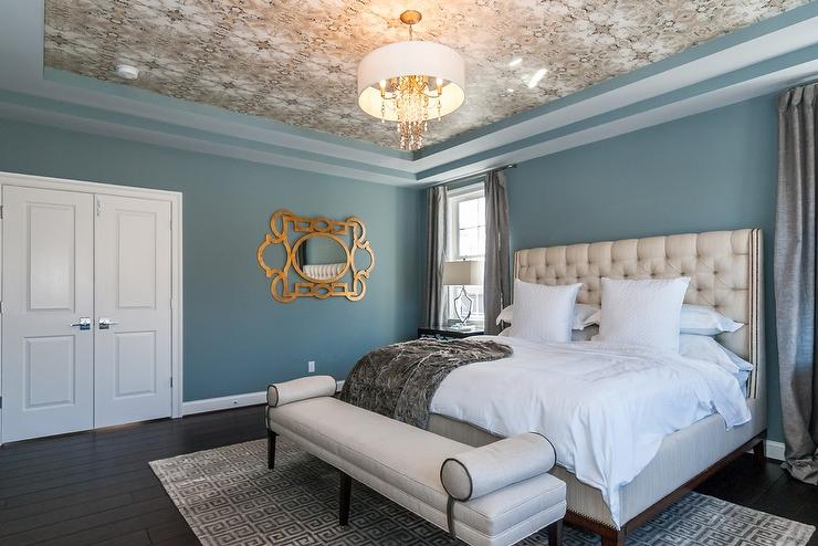 5th wall/ceiling wallpaper trends in bedroom