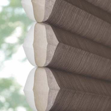 Honeycomb cellular construction of Duette shade