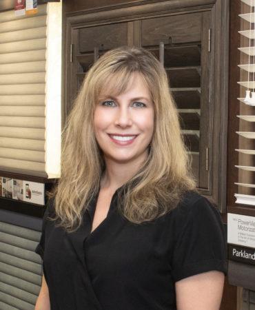 Headshot of Denise McCracken