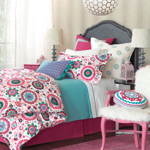 Eastern Accents bright pink and teal girl's bedding for single bed