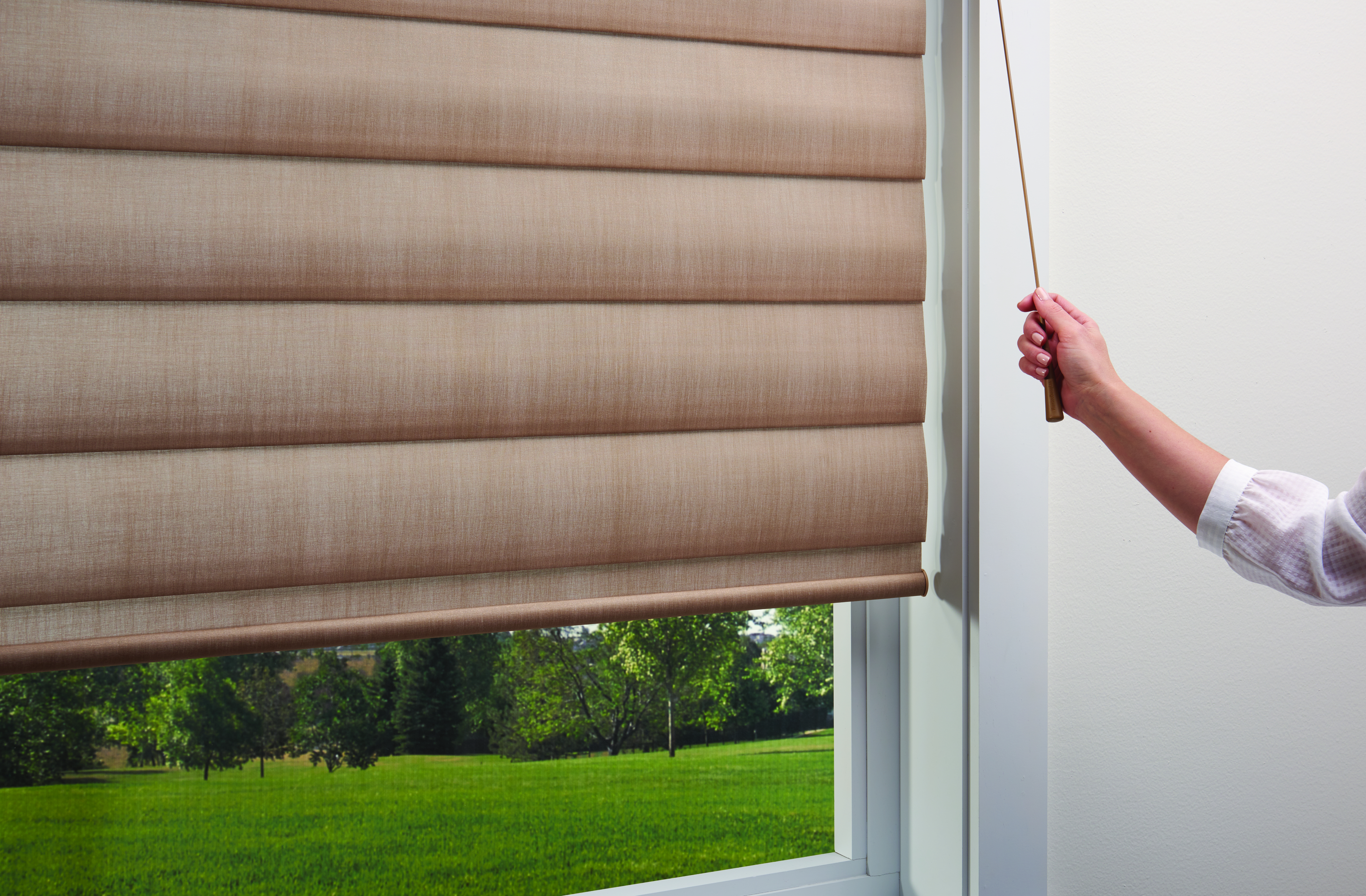 Hunter Douglas Pirouette with Ultraglide wand