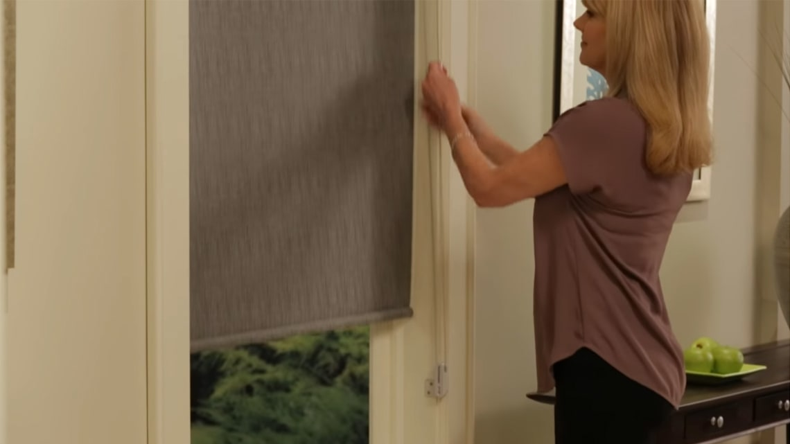 Hunter Douglas continuous cord loop on roller shade